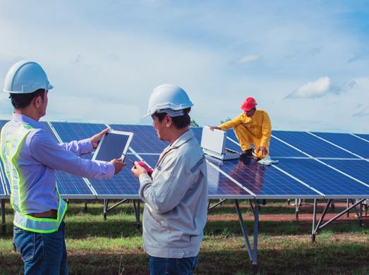 Equipo de ingeniería de energías renovables