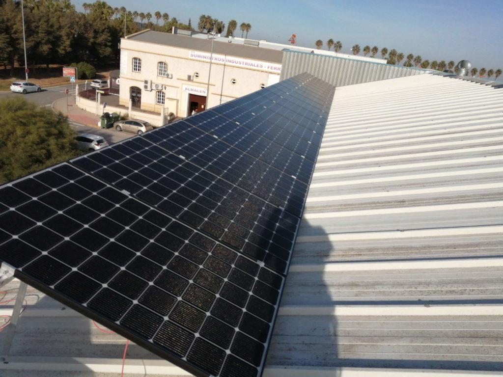 Instalación Fotovoltaica CyG con paneles LG